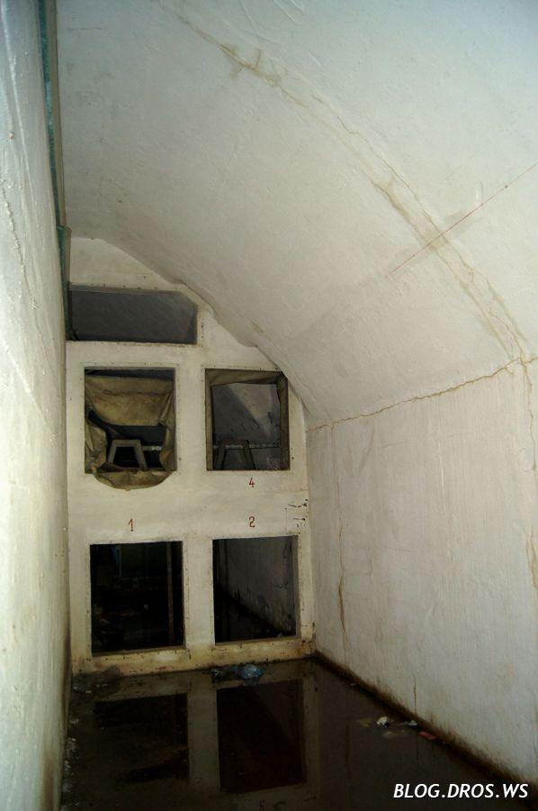 Остатки вентиляционной установки. Фильтрационной на ней не замечено.