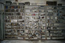 Лабораторно-складской корпус