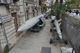 Открытая экспозиция Севастопольского военно-исторического музея ЧФ